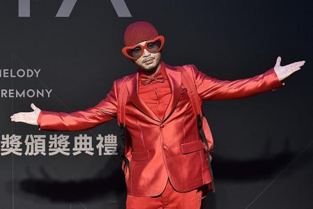 Controversial M'sia rapper Namewee remanded by police