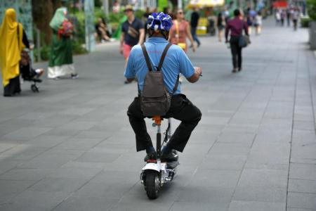Advisory panel recommends registration for e-scooters
