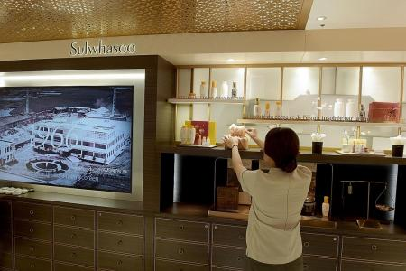 South Korean cosmetics lay foundation to seduce Europe