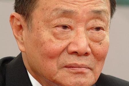 M'sian tycoon Robert Kuok denies being anti-government