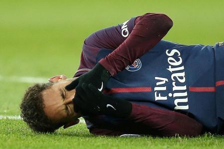 Brazil national team doctor will assess whether Neymar needs surgery