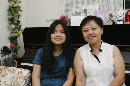 Blind teenager a step closer to realising her music dream
