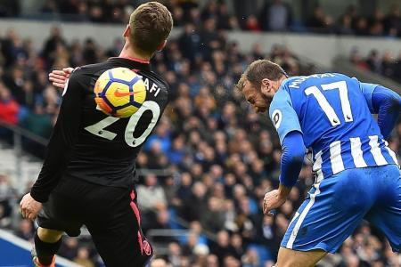 Arsenal slammed by Brighton midfielder Sidwell: No fight, no passion