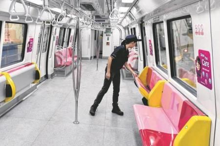 S M Ong: Passengers to vote to sit or stand on the MRT?