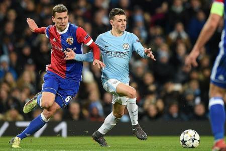 Guardiola praises record-setting City teen Foden