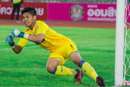 Izwan stays grounded despite flying start
