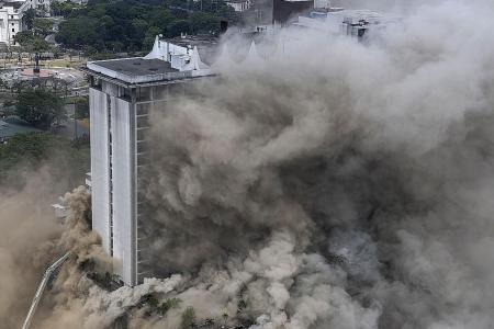 Four die in Manilla hotel fire