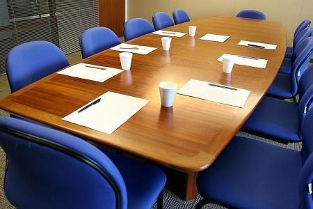 How to chair productive meetings