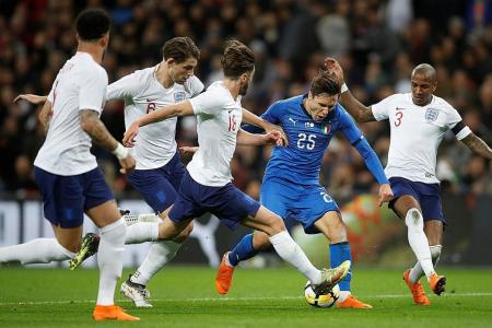 Southgate: Consult VAR only if foul is clear and obvious