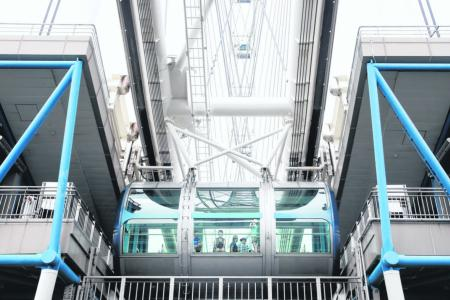 Singapore Flyer operating again after getting go-ahead