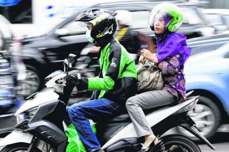 Indonesia's Go-Jek hiring ex-Uber drivers