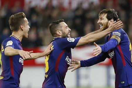 Messi underscores importance to Barca