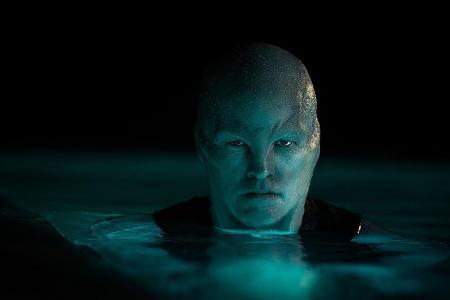 Movie Reviews: The Titan, Midnight Sun