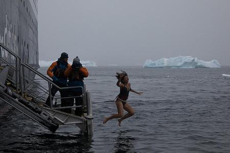 Singaporean takes the plunge in freezing Antarctic