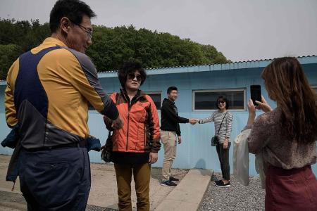 Replica Panmunjom village draws tourists after Korea summit