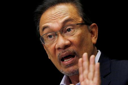 Dr Mahathir: Anwar to be released today