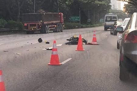 Motorcyclist dies on ECP after accident involving trailer