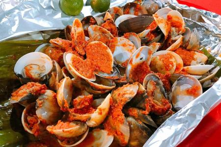 Baked clams to bowl you over