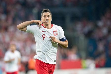 Poland ride on Lewandowski