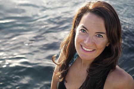 Record-breaking free-diver leads guests on ocean adventures