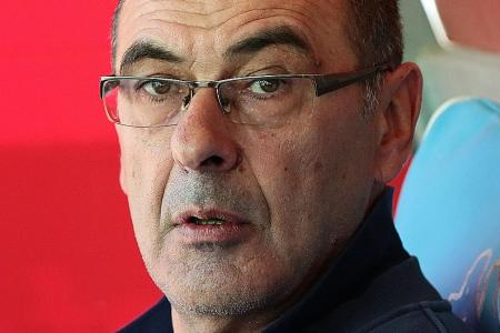 Chelsea sack Conte as Napoli's Sarri is lined up as replacement