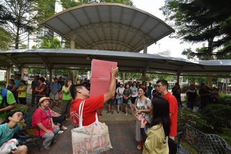 Heritage organisation celebrates 10 years of Queenstown walks