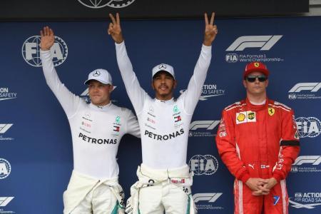 Hamilton seizes pole in Hungary