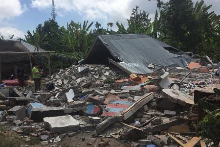 Singaporean couple survives two Lombok quakes