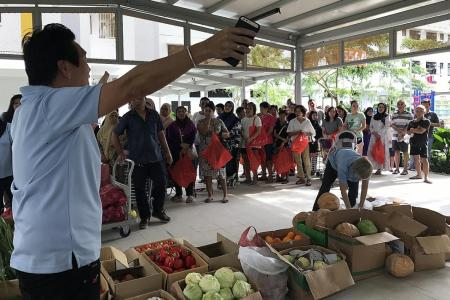 How supermarkets fight food waste in Singapore