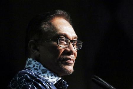 Anwar's critics have amnesia