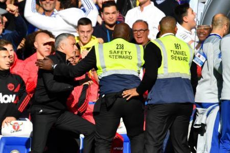 Mourinho infuriated as Chelsea bag last-gasp equaliser