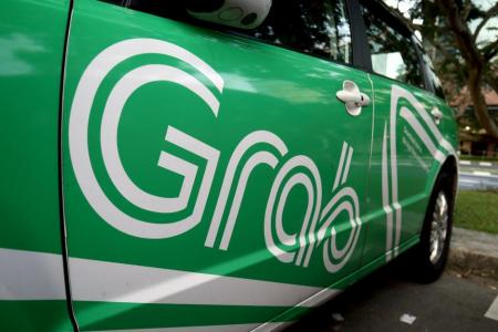 Unhappy Grab drivers hope for Go-Jek lifeline