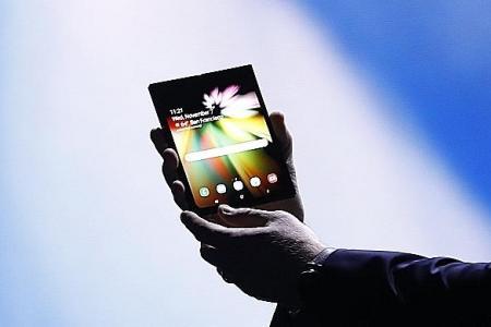 Samsung reveals foldable phone