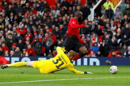 Solskjaer maintains perfect start as United win FA Cup tie