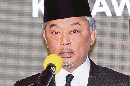 Pahang royals consider installing new sultan