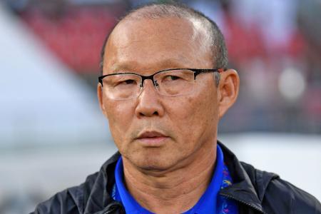 Vietnam coach proud of team despite 3-2 loss to Iraq