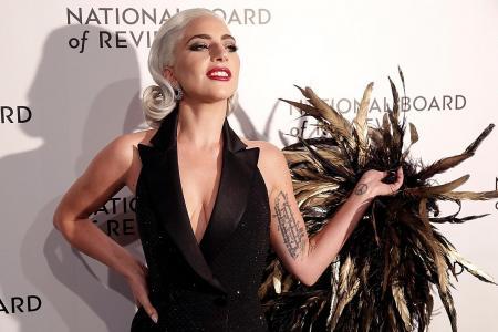 Lady Gaga says won't work with singer R. Kelly again