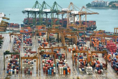 Exports fall 8.5% in Dec, largest slide in over 2 years