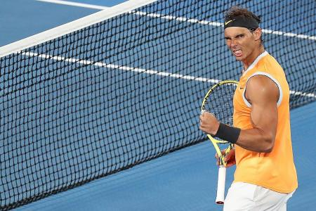 Nadal makes last four without dropping a set