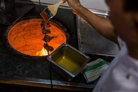 HK restaurant gets world's first Michelin star for Pakistani cuisine