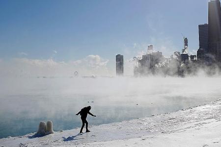 Arctic air sends temperatures well below zero in US midwest