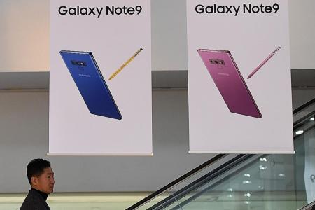 Samsung net profits down 31% in fourth quarter