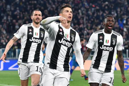 Ronaldo nets hat-trick to send Juventus into q-finals
