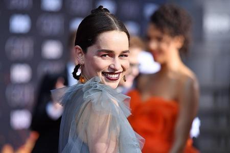 Emilia Clarke shares never-before-seen-photos after undergoing brain surgery