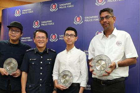 Three men hailed for helping cops, the public