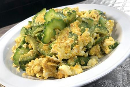 Keep it simple with bitter gourd and salted eggs