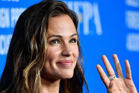People names Jennifer Garner most beautiful in 2019