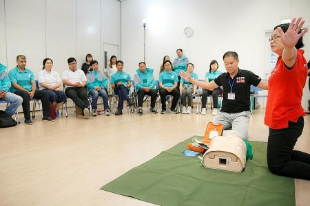 Deliveroo riders to be trained in first aid by Singapore Red Cross