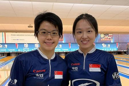 Bowlers Cherie and Jazreel Tan miss top spot