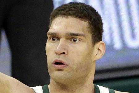 Brook Lopez inspires late Bucks rally to eclipse Raptors in opener